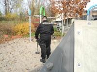 městská-policie-MP-Brno-Kohoutovice-akce-jehla-02