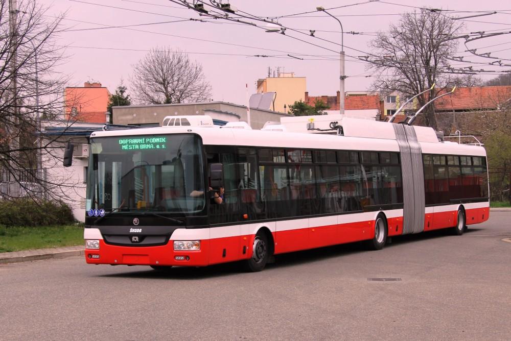 1000x1000-1444146106-ilustracni-foto-autobus-MHB-DPMB