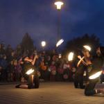 Léto a dým: Kohoutovicemi prošly stovky lidí s lampióny (fotogalerie)