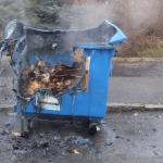 Únik nebezpečných látek do ovzduší a hořící popelnice – hasiči měli v Kohoutovicích na pilno