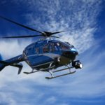 Policejní vrtulník pročesával Kohoutovice! – policisté hledali gang zlodějů aut