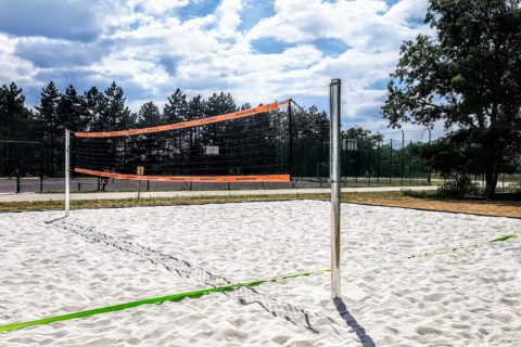 V Kohoutovicích vyrostlo beachvolejbalové hřiště za Pavlovskou – penězi přispěly brněnské teplárny